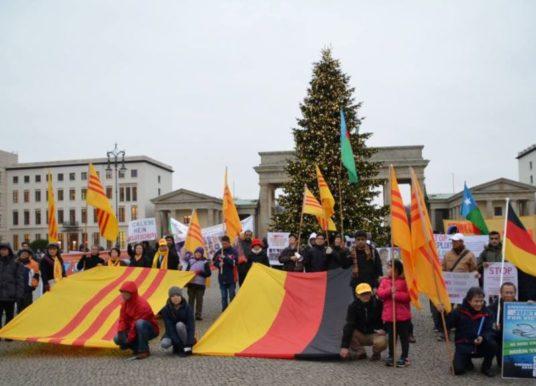 Vụ Trịnh Xuân Thanh: Người Việt tại Đức biểu tình