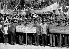 Phút trước lính TQ còn mời ăn lương khô, phút sau đã dí súng vào đầu chiến sĩ Việt Nam