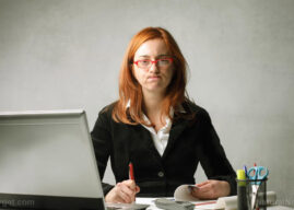 Women need more time at home: Working extra-long hours depresses women more than it does men