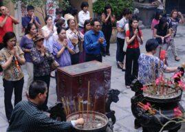 Luật tôn giáo của Việt Nam vi phạm Điều 18 của Tuyên ngôn Thế Giới về Nhân quyền